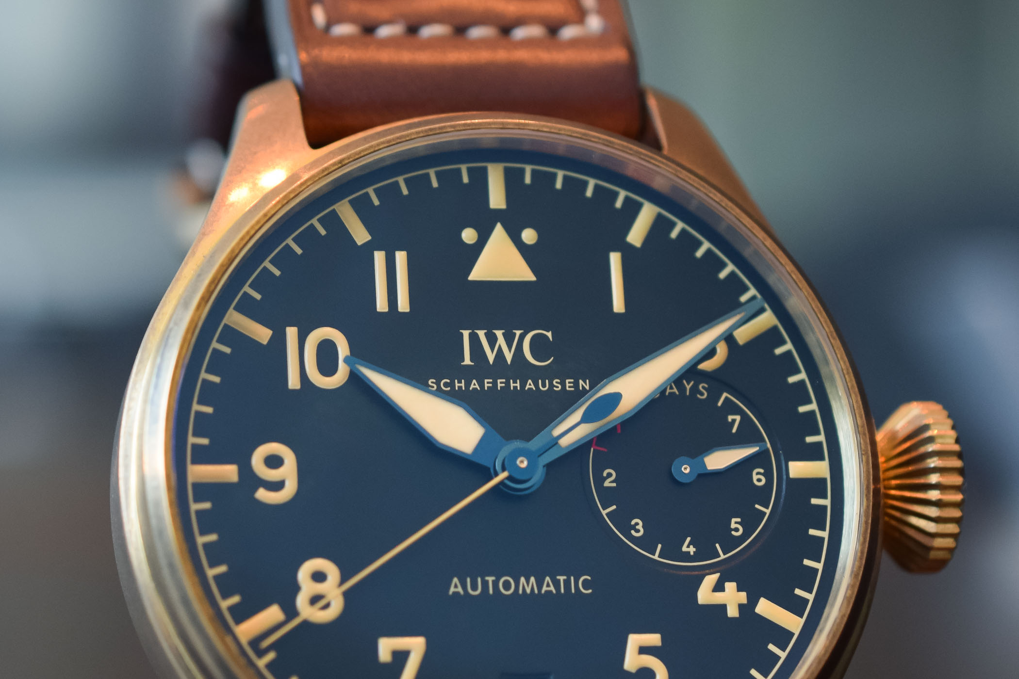 iwc-triangle-marker-pilots-watches.jpg