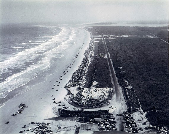 Daytona_Beach_1955_1000-570x451.jpg