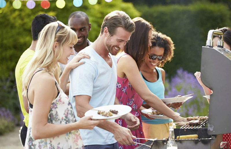 promo_barbecue_ambiance_thinkstockphotos-459926599_.jpg