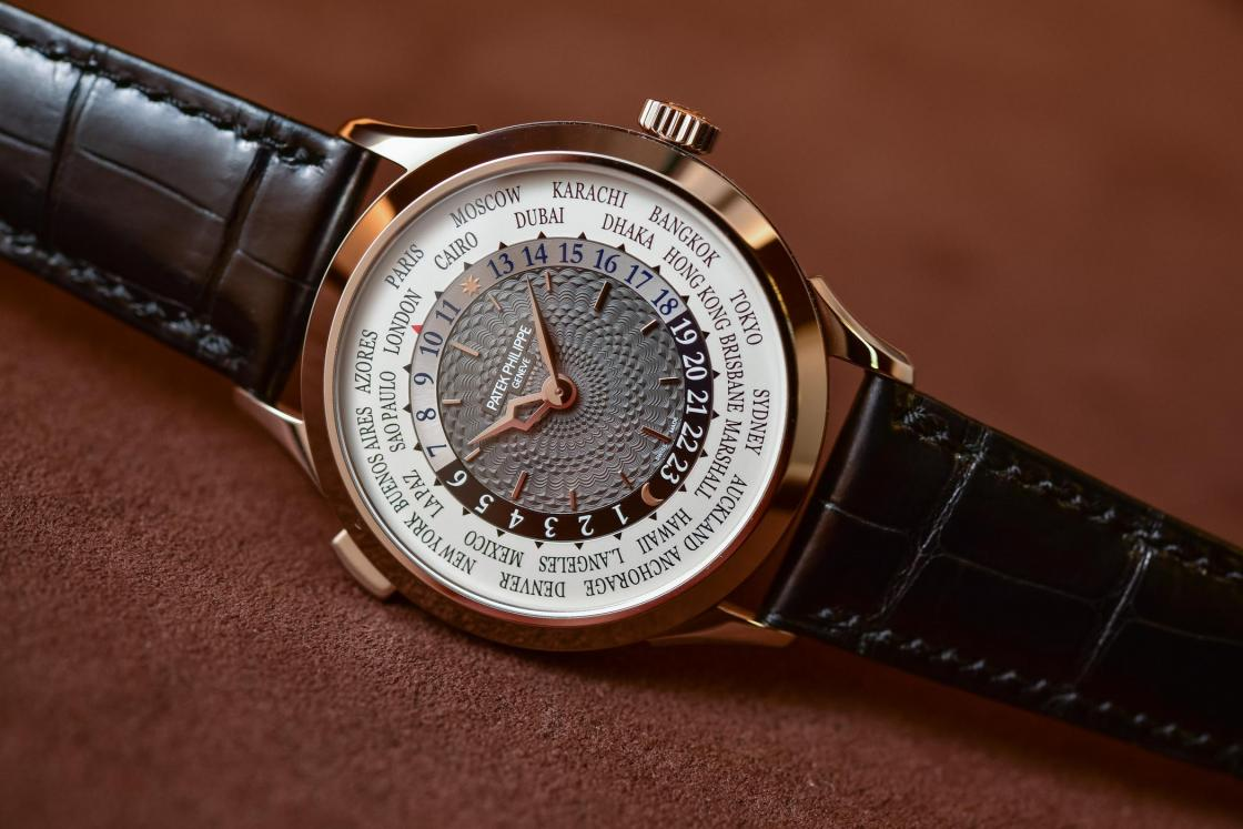 Patek-philippe-5230-world-time.jpg