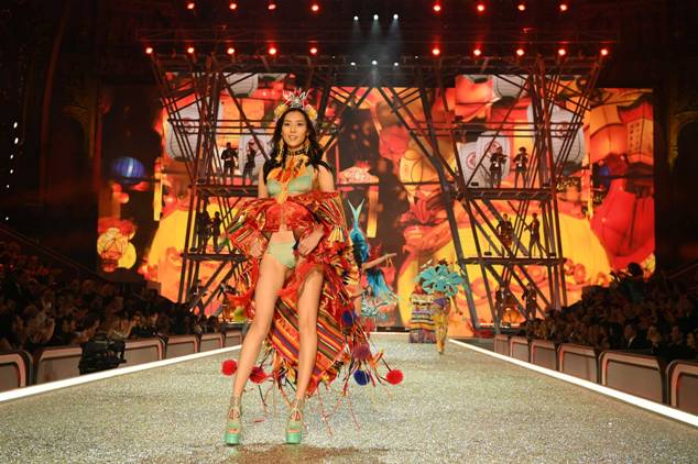Liu Wen walks the runway during the 2016 Victoria's Secret Fashion Show