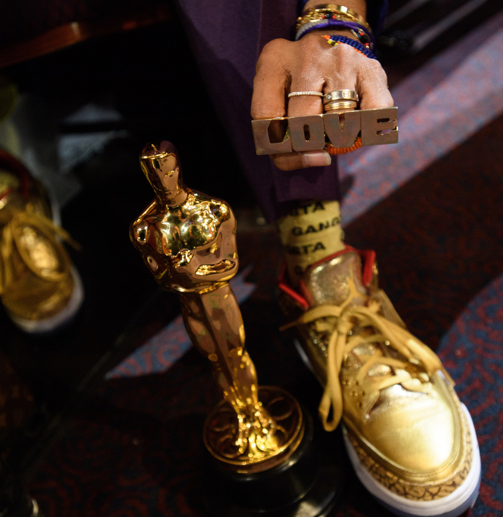 Spike-Lee-Air-Jordan-3-Oscars.jpg
