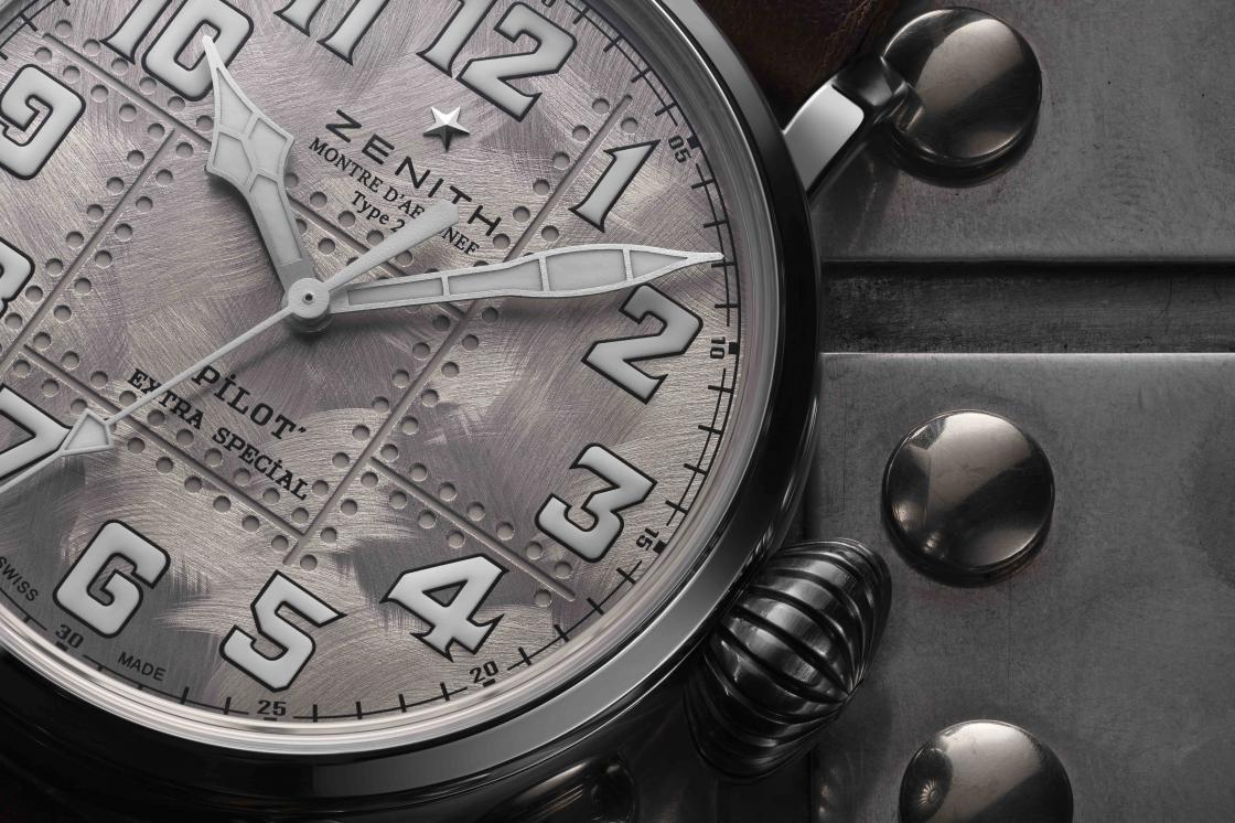 ZENITH_-_Pilot_Type_20_Extra_Special_Silver_4.jpg