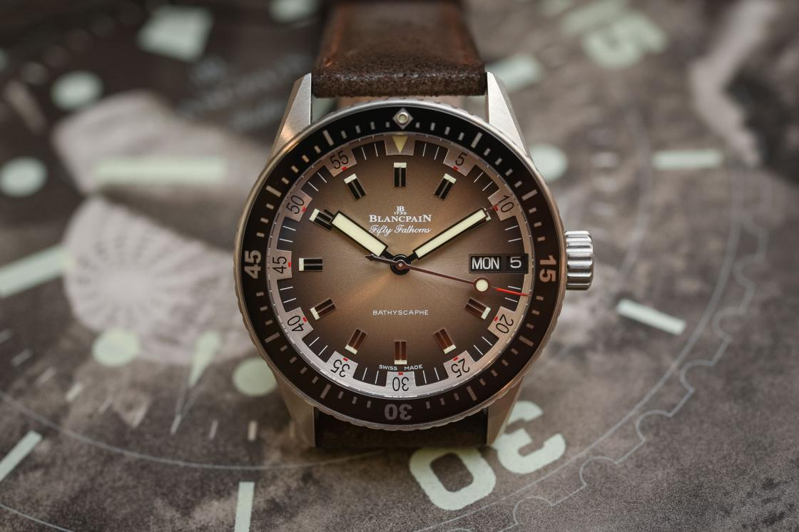 Blancpain-Fifty-Fathoms-Bathyscaphe-Day-Date-70s-baselworld-2018-review-5.jpg