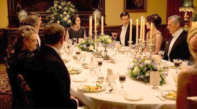 downton-abbey-dinner-11.jpg