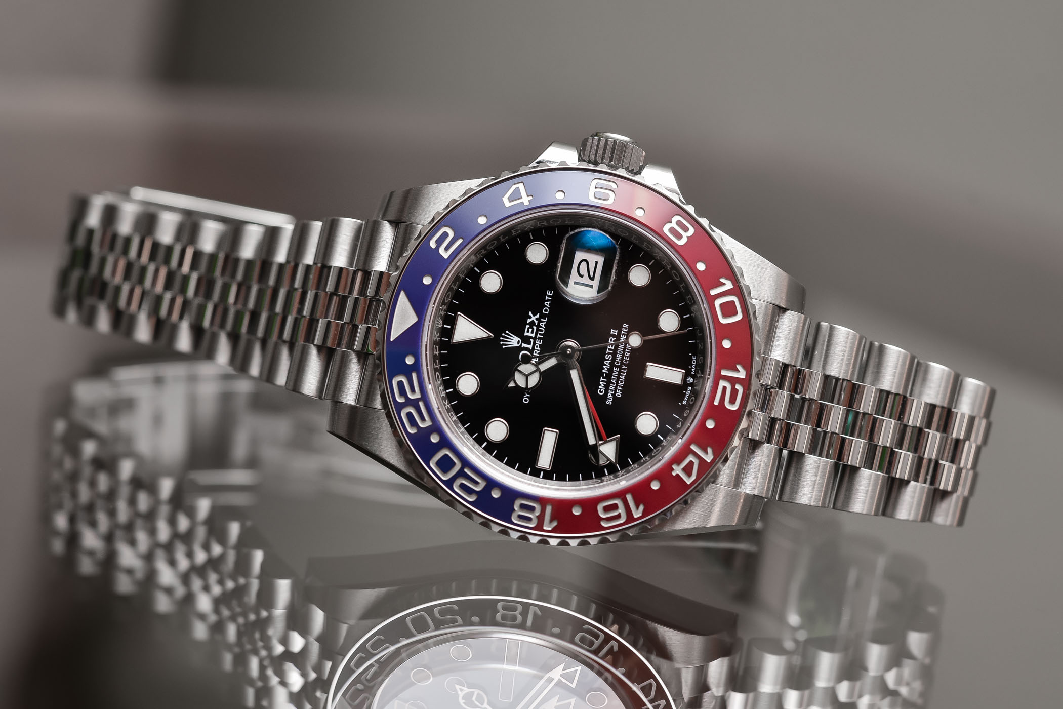 Rolex-GMT-Master-II-Pepsi-126710-BLRO-Steel-Jubilee-Calibre-3285-Baselworld-2018-Review-8.jpg