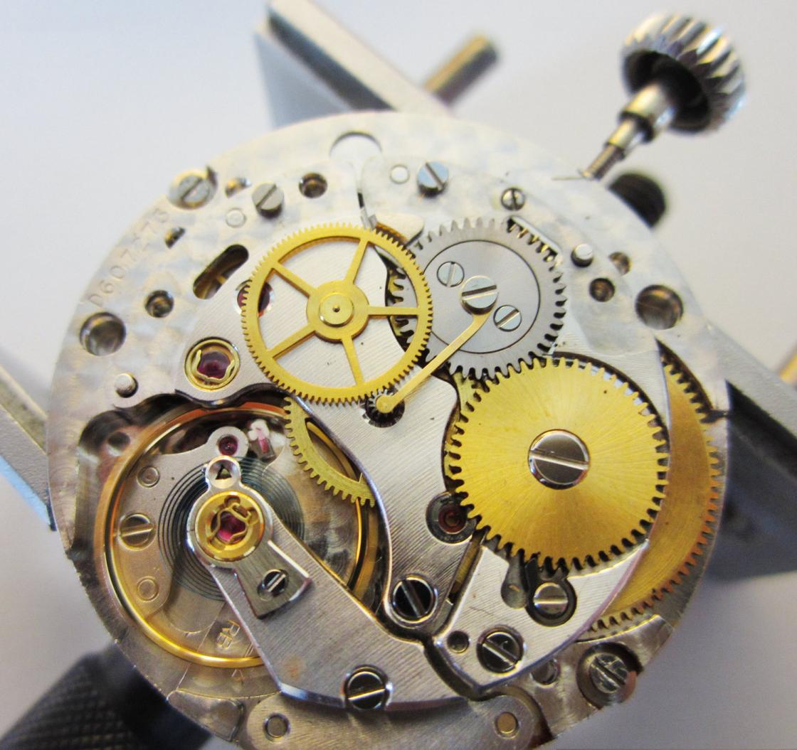 Rolex-1570-Movement-Auto-Work-Removed.jpg